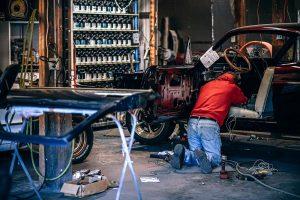 Seguridad talleres mecánicos